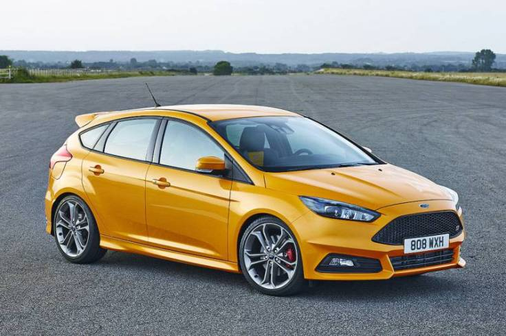 2017-ford-focus-st-fci-2